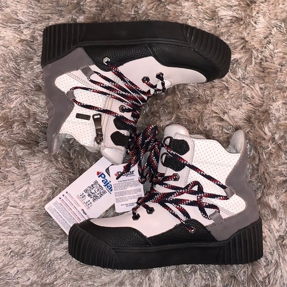 // PAJAR BOOTIES ❄️☃️ - NWT - NEVER WORN //